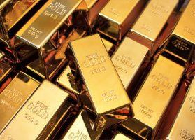 Dozens of fine gold bars, each with a net weight of 1000 grams